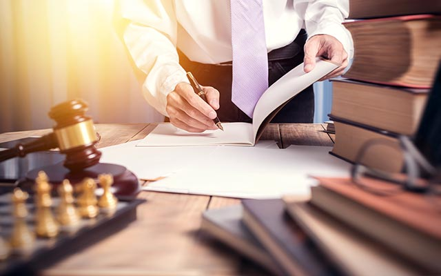 Legal Entity Management for distributed organizations